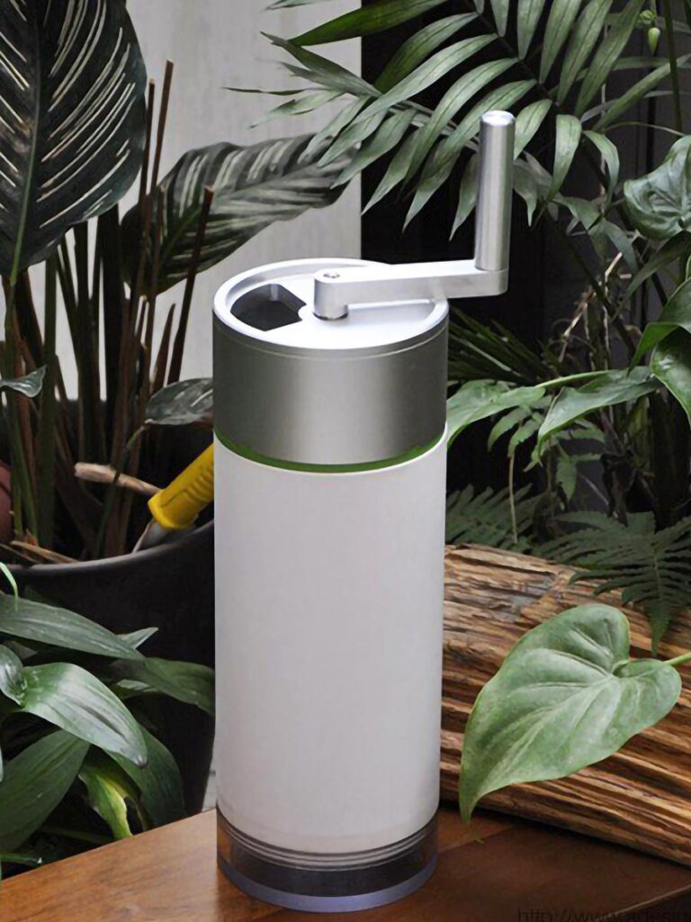 ReGreen Tiny Compost Machine by Shihcheng Chen