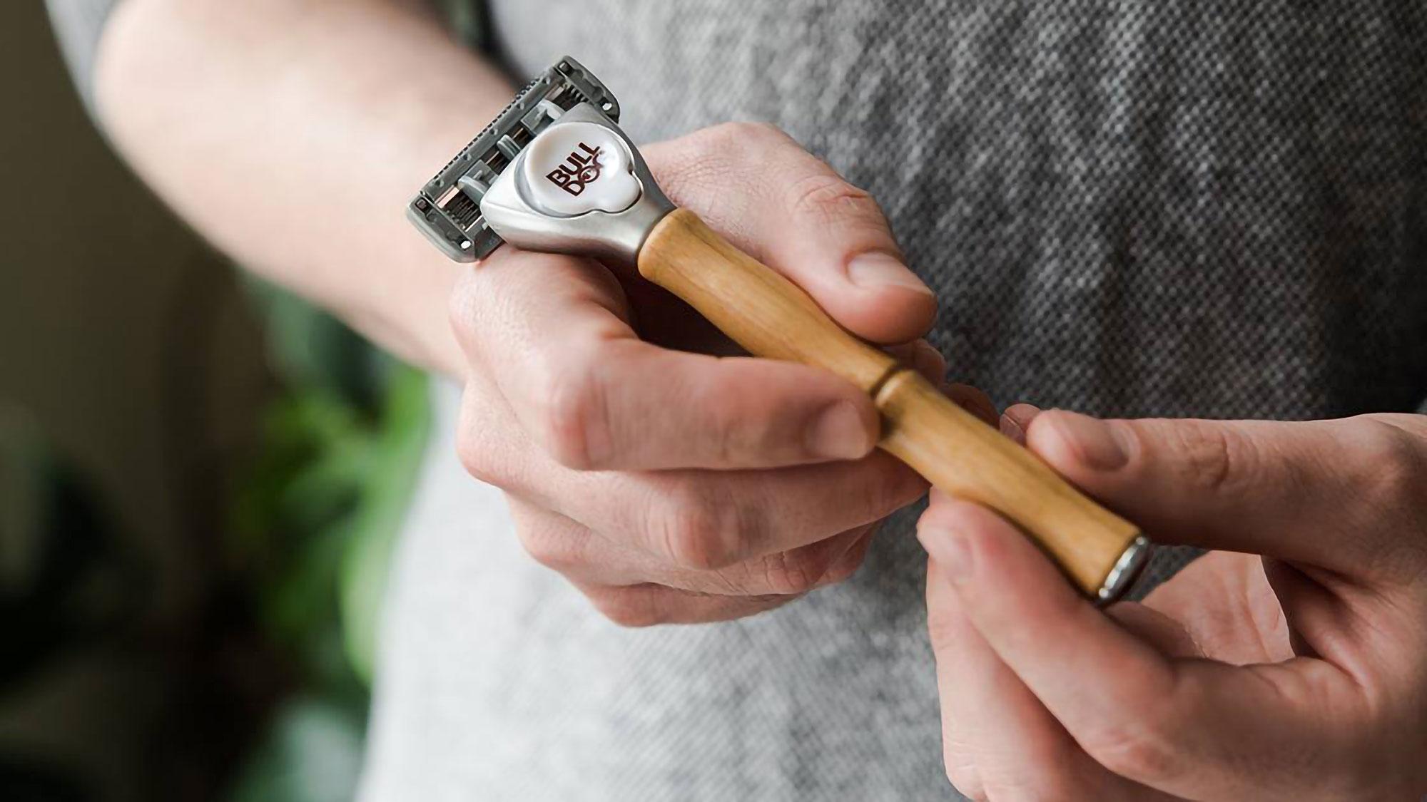 Bulldog Skincare Sensitive Bamboo Razor