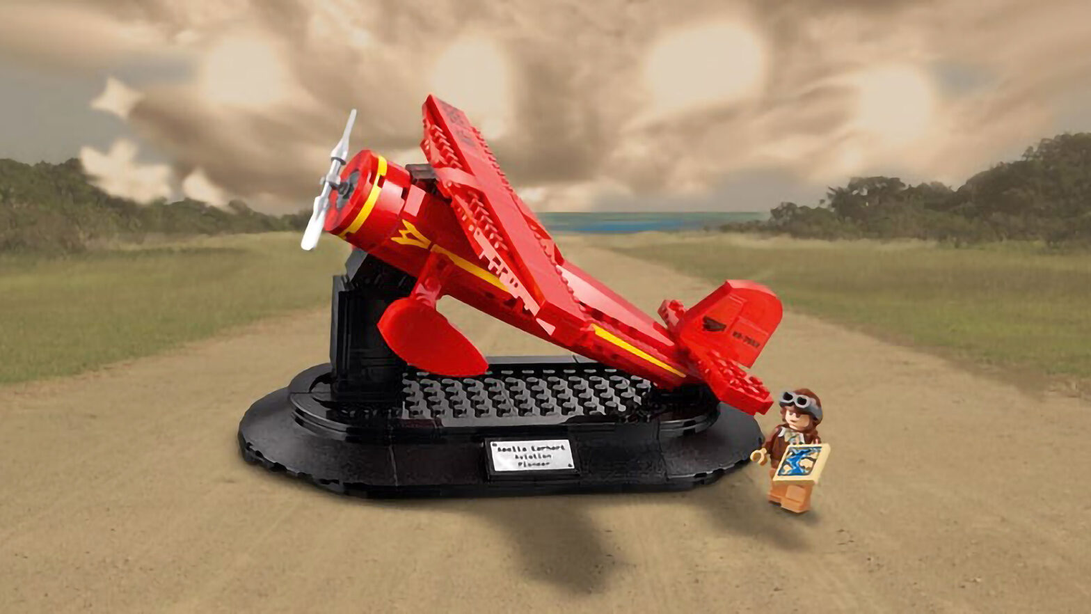 LEGO 40450 Amelia Earhart Tribute Set Free
