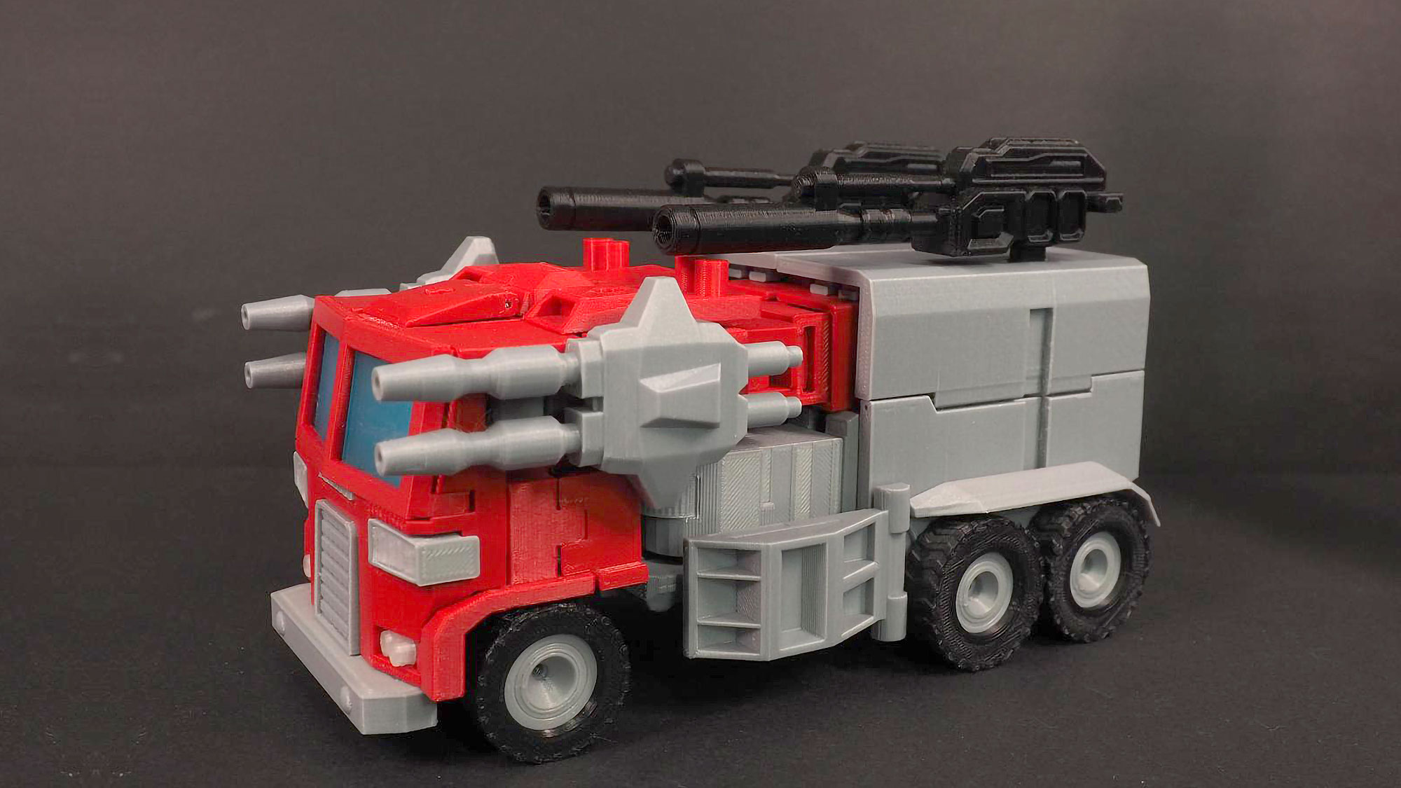 Marvel-inspired Transformers Optimus Prime Figure