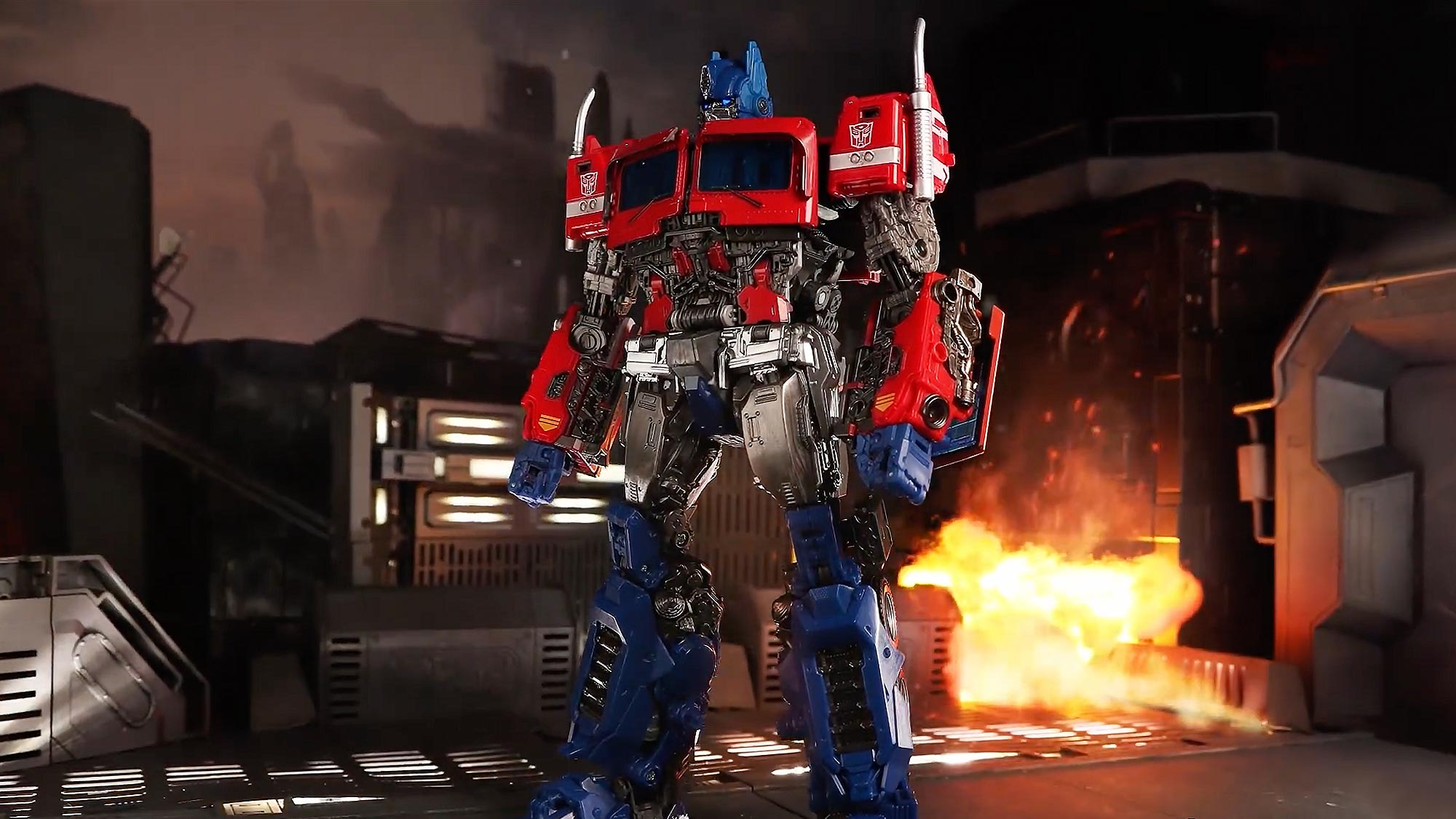Transformers MPM-12 Optimus Prime Stop Motion