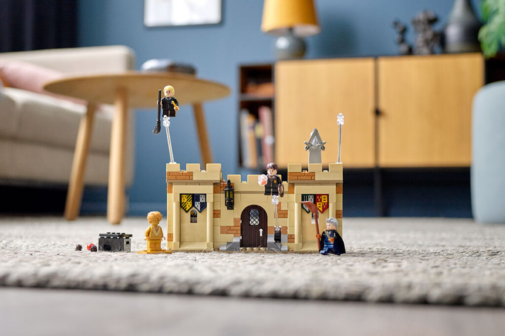 LEGO 76395 Harry Potter Hogwarts First Flying Lesson