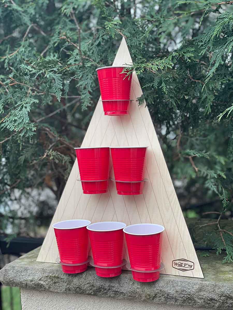 Free Pong Wall-mounted Beer Pong