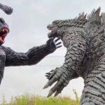 Tire Sculpture Artist Created <em>Godzilla vs Kong</em> Sculpture Using Discarded Tires