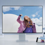 Huawei MateView 28.2-inch 4K IPS Display: A Minimalistic Wireless, Primary Color Display