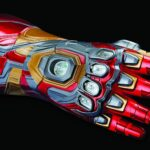 You Can Actually Snap Your Fingers With The Marvel Legends Series <em>Iron Man</em> Nano Gauntlet