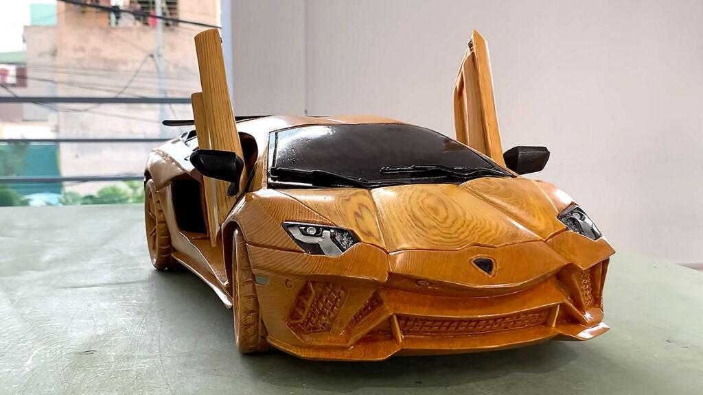 Wood Carving Lamborghini Aventador S 2021