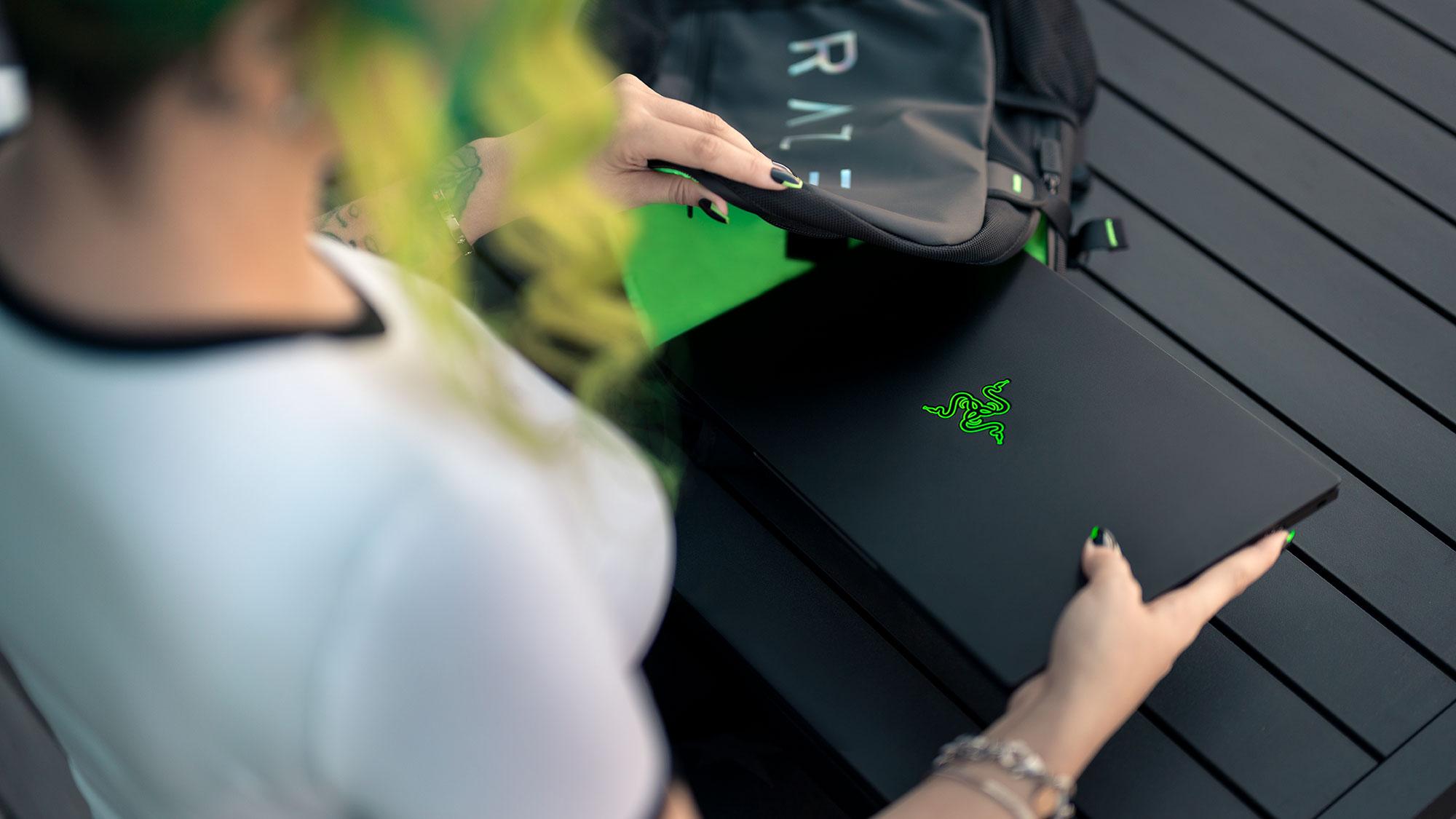 Razer Blade 14 AMD Gaming Laptop