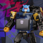 <em>Transformers</em> Generations Shattered Glass Collection Autobot Goldbug & IDW Shattered Glass – Goldbug