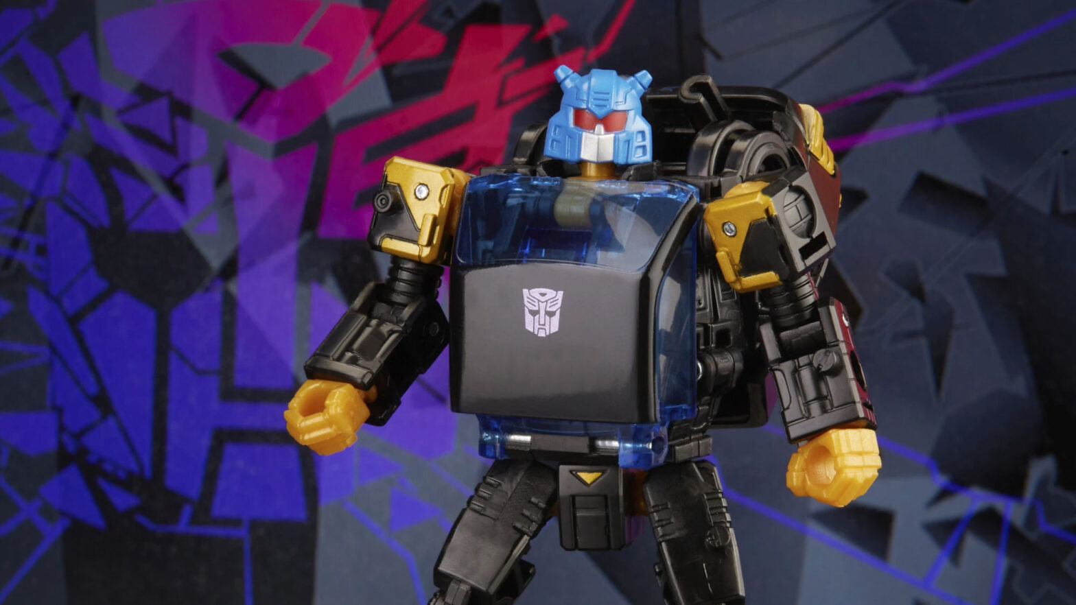 Transformers Generations Shattered Glass Collection Autobot Goldbug & IDW Shattered Glass Goldbug