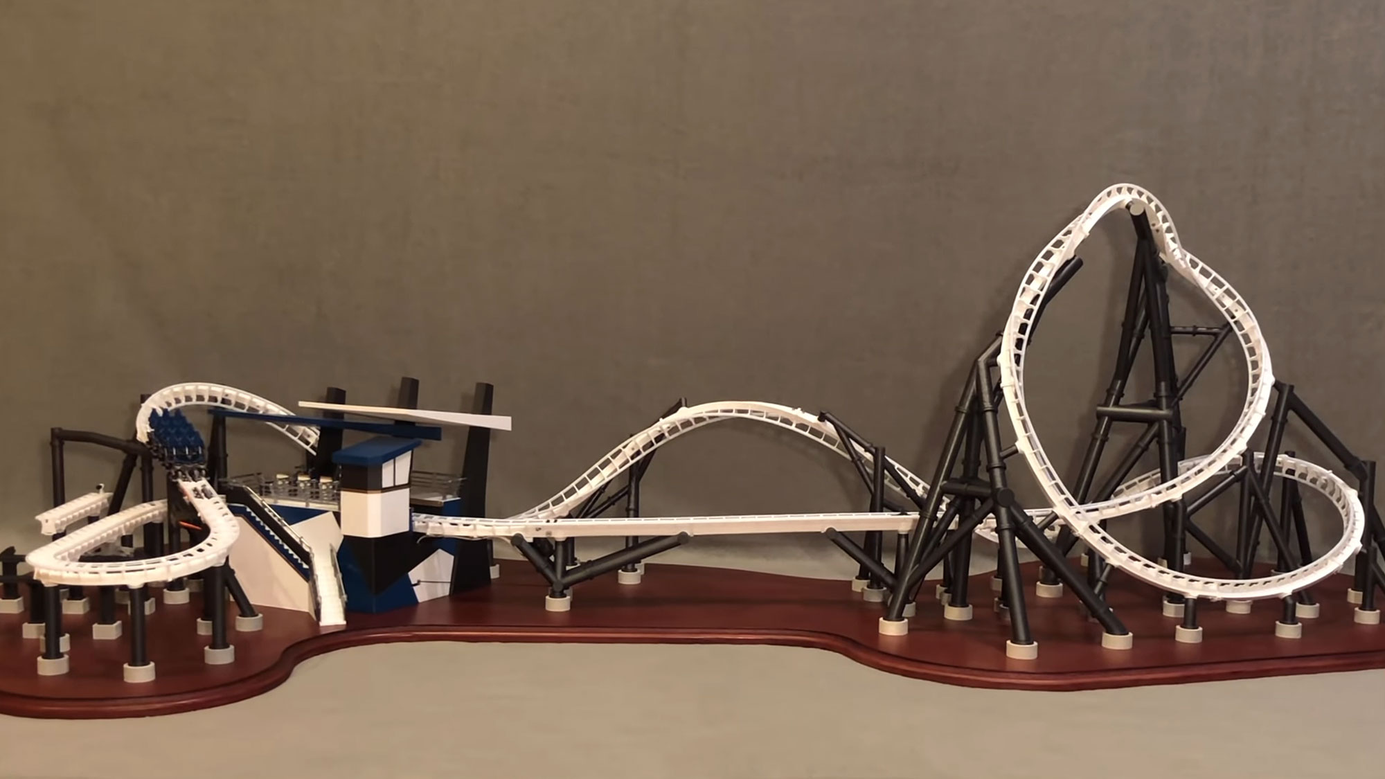 3D Printed Functional Model Roller Coaster