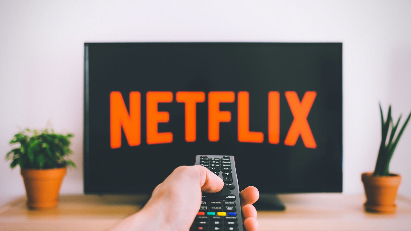 How Do Streaming Platforms Like Netflix Actually Work