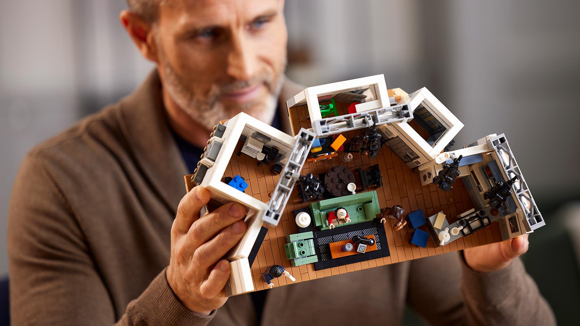 LEGO Ideas 21328 Seinfeld Set