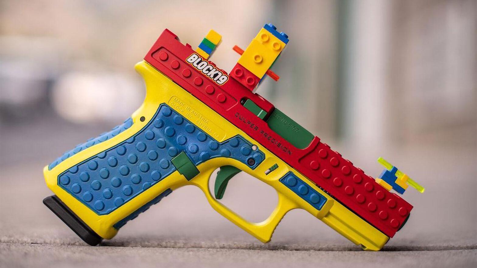 LEGO-style Block 19 Semi-automatic Pistol