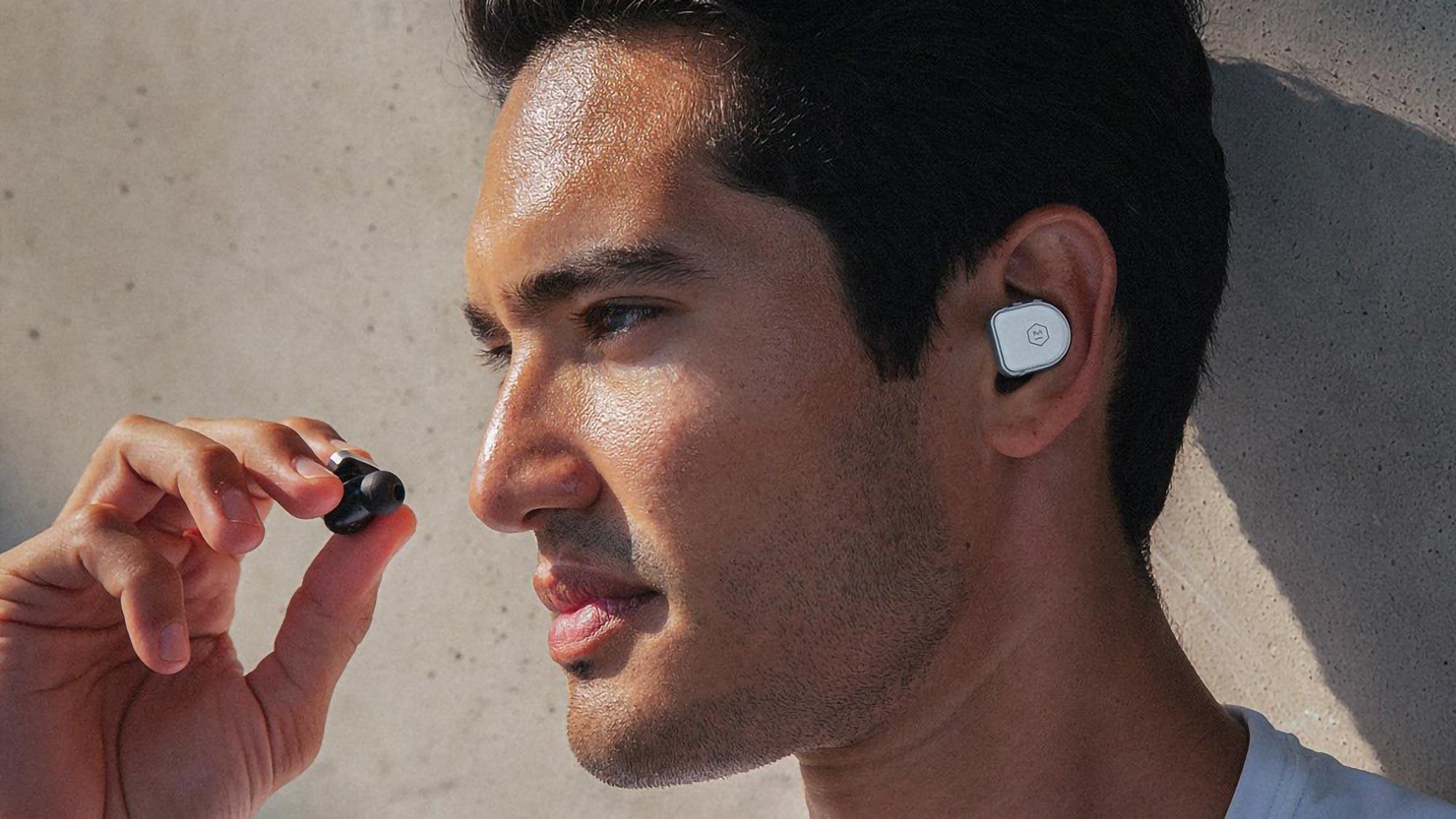 Master & Dynamic MW08 Sport True Wireless Earphones
