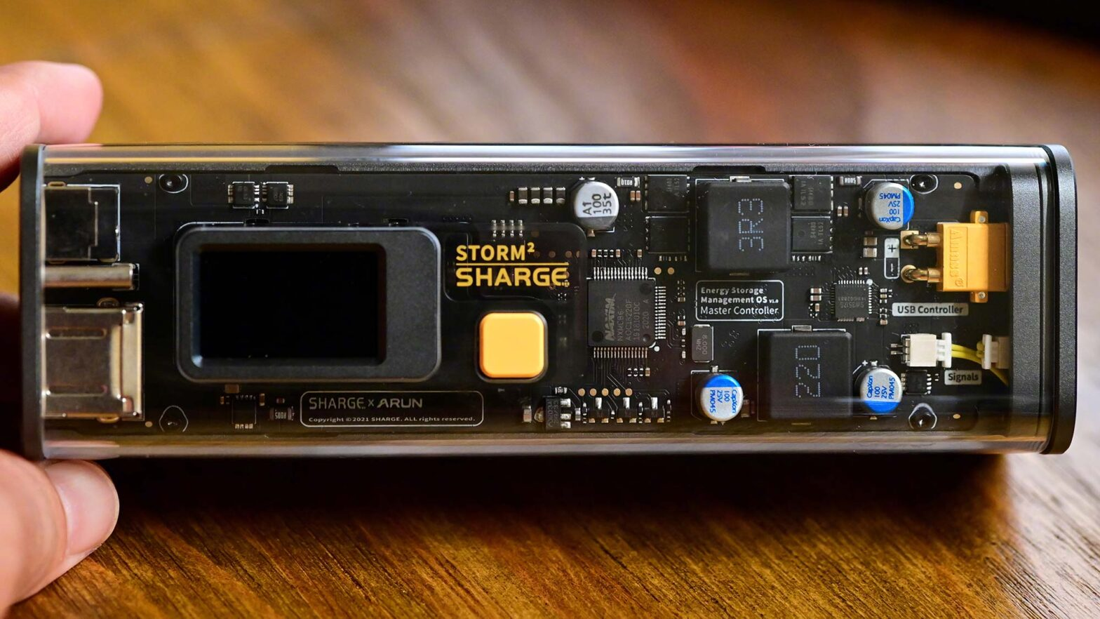 Sharge 100 W Transparent Power Bank