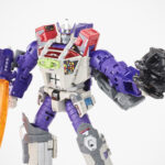 <em>Transformers</em> Generations Selects Leader WFC-GS27 Galvatron Action Figure