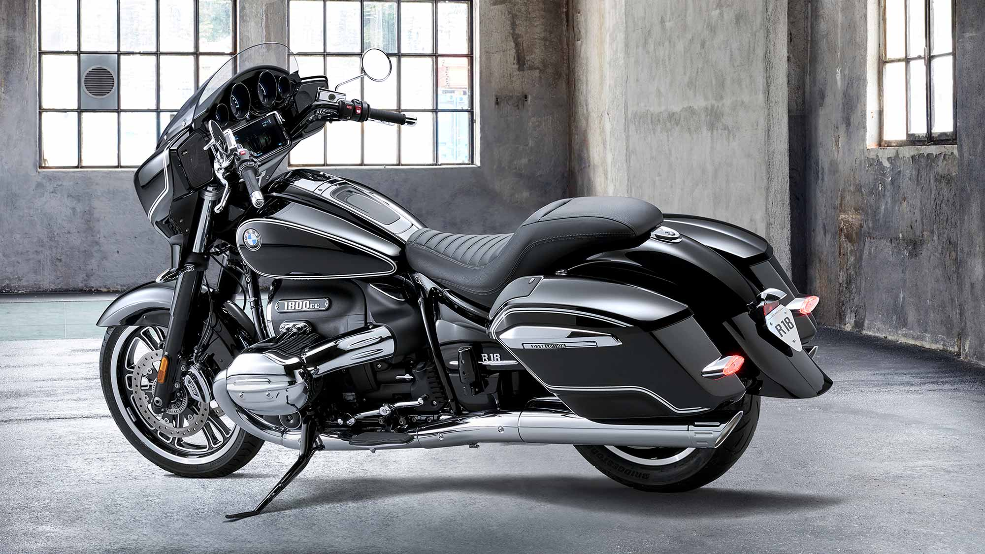 2022 BMW R 18 B Bagger Motorcycle