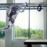 Watch Two Boston Dynamics Atlas Robots Clear An Entire Parkour Obstacle Course