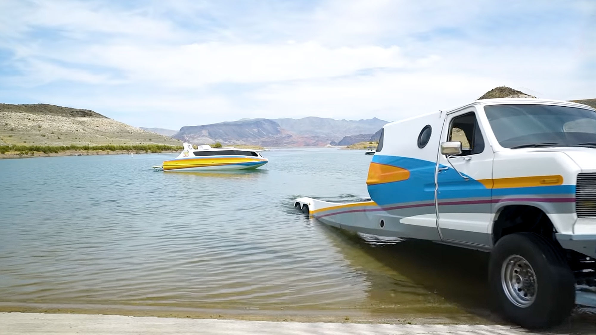 Highwave Boaterhome Boat and Van Hybrid