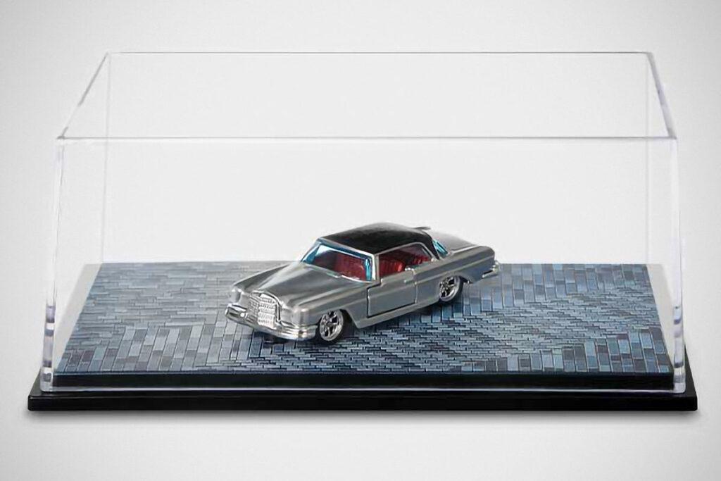 Matchbox '61 Mercedes-Benz 220 SE Coupe
