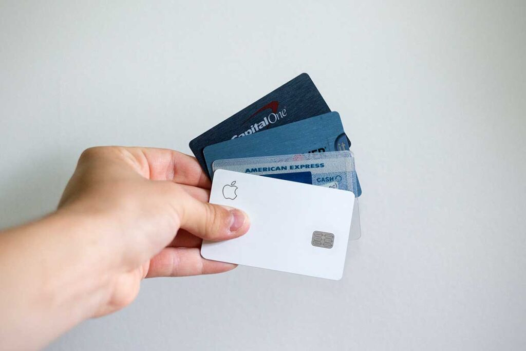 Comparing The Different Types Of Credit Cards