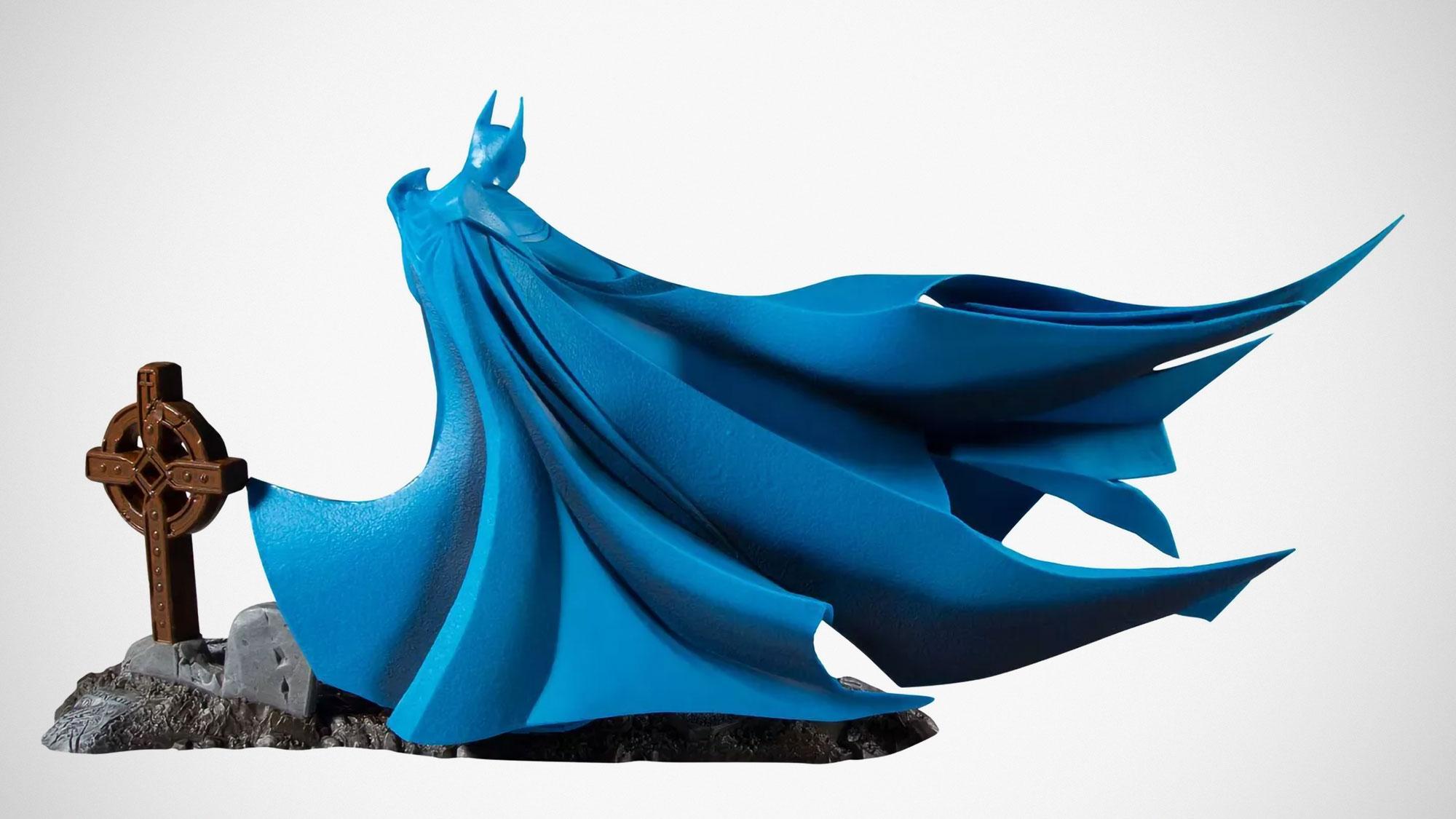 DC Designer Edition Batman Year Two Gold Label Figure