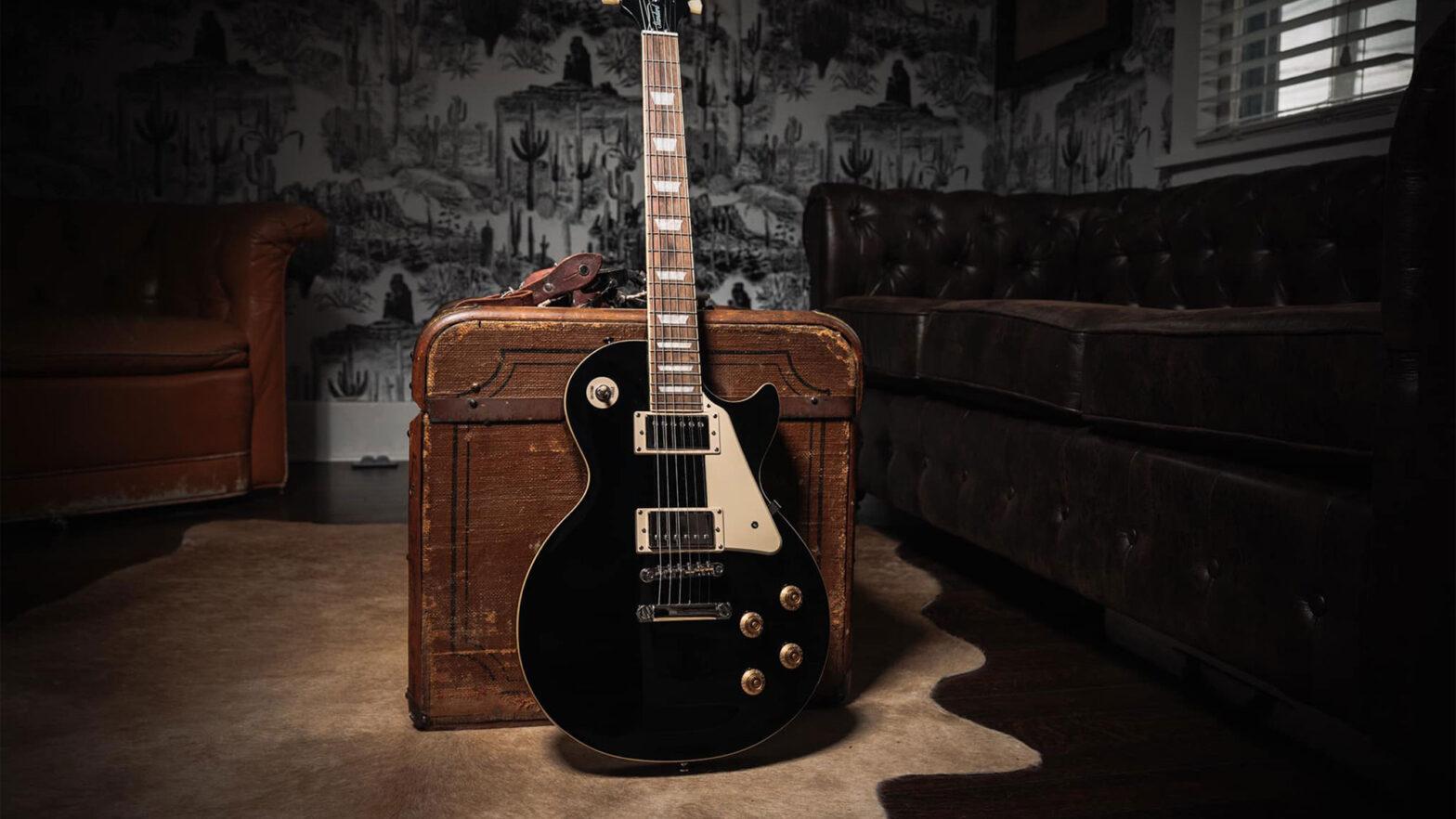 Epiphone Les Paul Standard 50s Guitar in Ebony