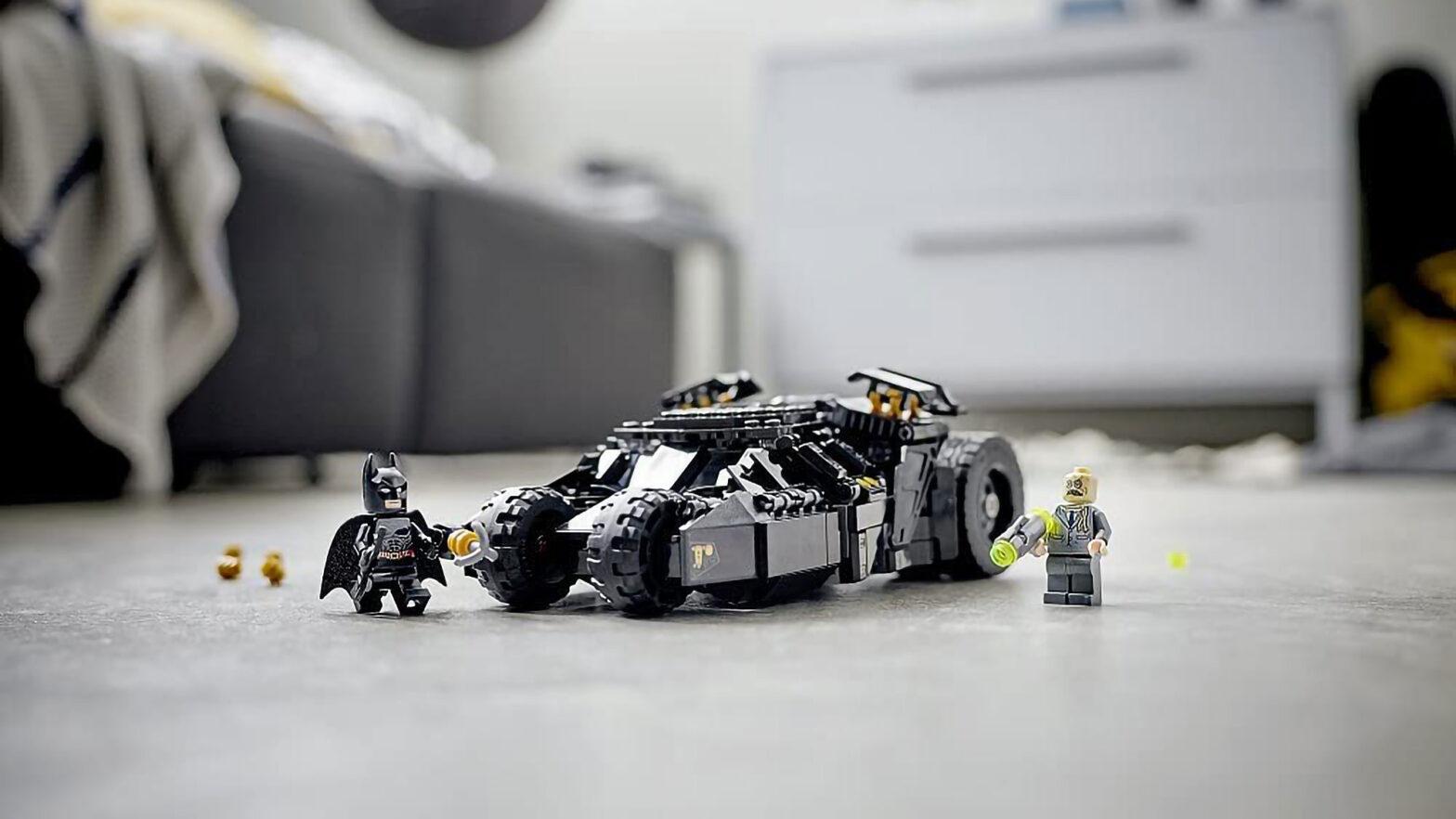 LEGO 76240 Batmobile Tumbler