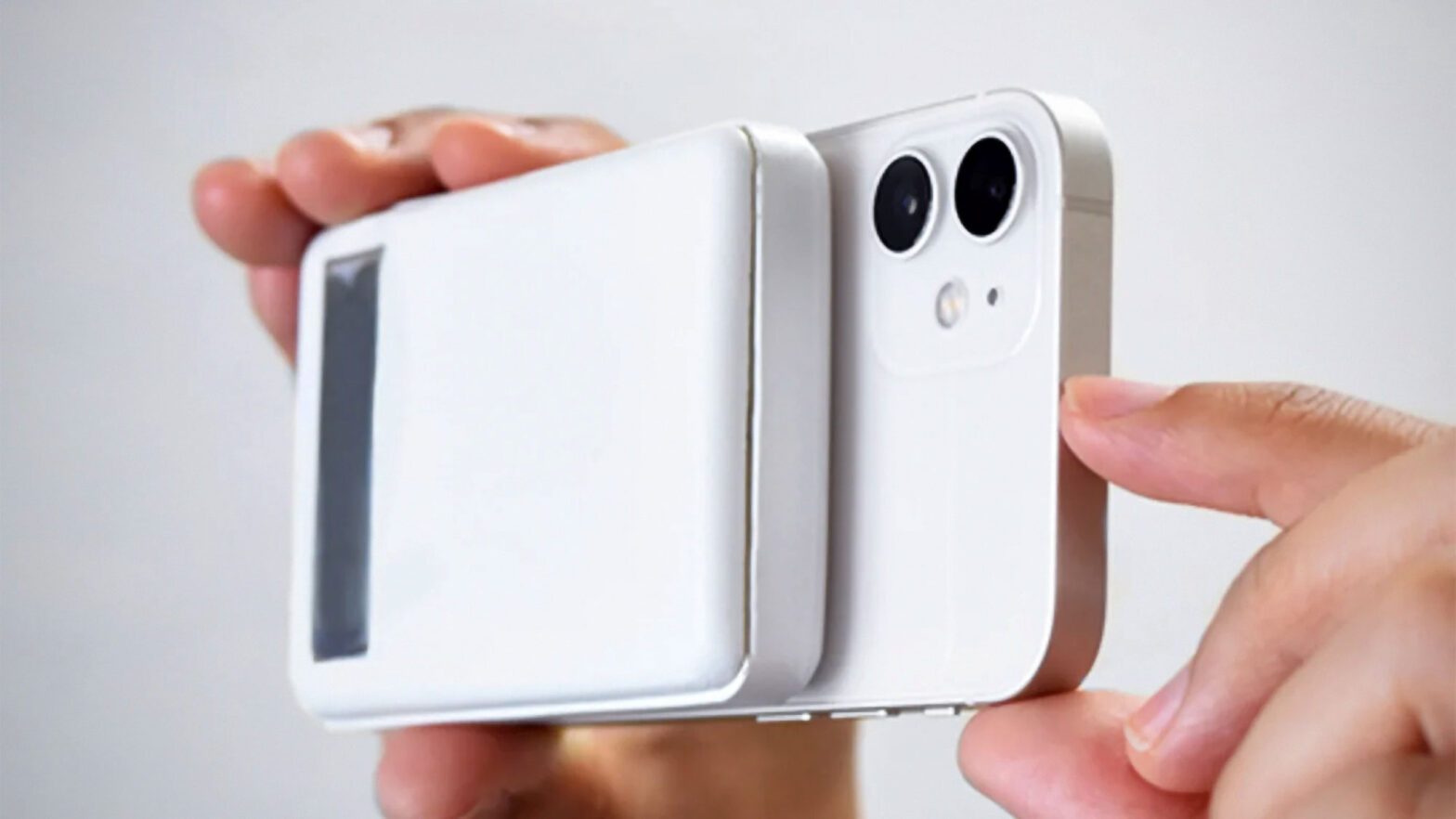 CIO Apple Watch and MagSafe Compatible Power Bank
